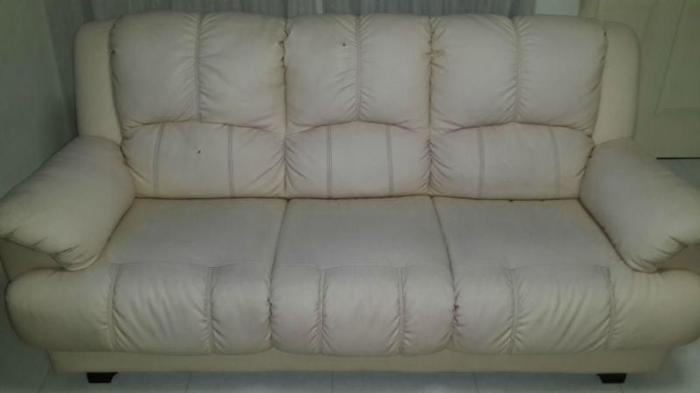 $100 only !! @Good Quality Leather Sofa @Not 4 Fussy