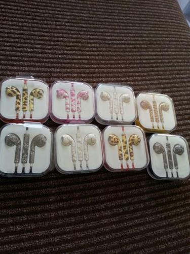 $ 17 to have 2 sets of in ear earphone!