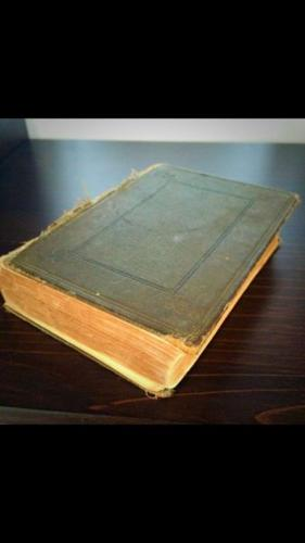 1935 Antique French Dictionary