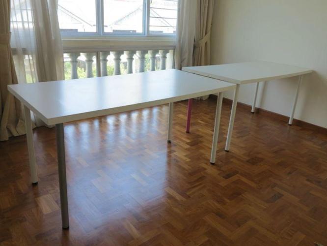 2 IKEA DESKS (75cmx150cm each) URGENT//MOVING !!!