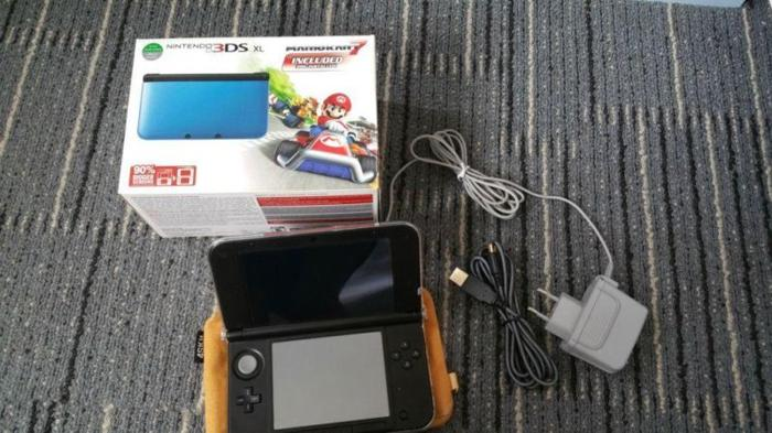 WTS: 3DS XL Blue Mario Kart and Monster Hunter 4
