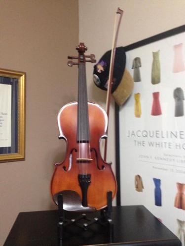 4/4 Adult Violin, BRAND NEW NEVER USED - NO CASE