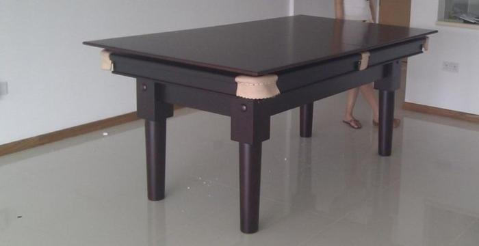 6 ft snooker table ( convertable to dinning table)
