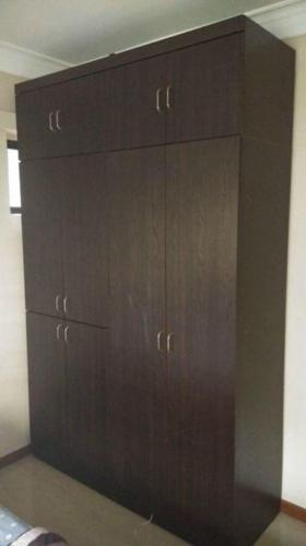 8 door full height wardrobe for sale, good condition