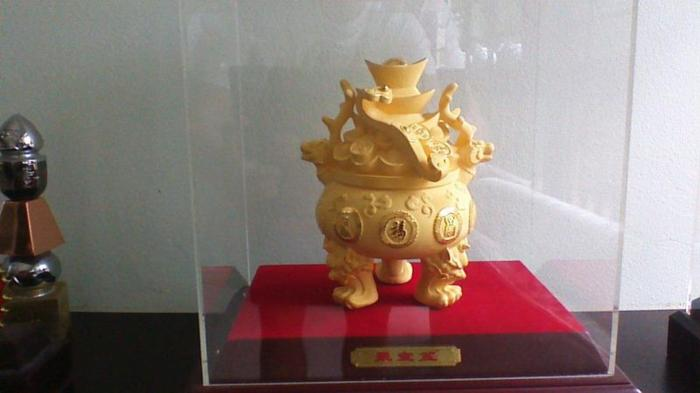 999 gold plated wealth pot for sale