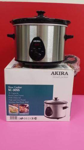 Akira Slow Cooker