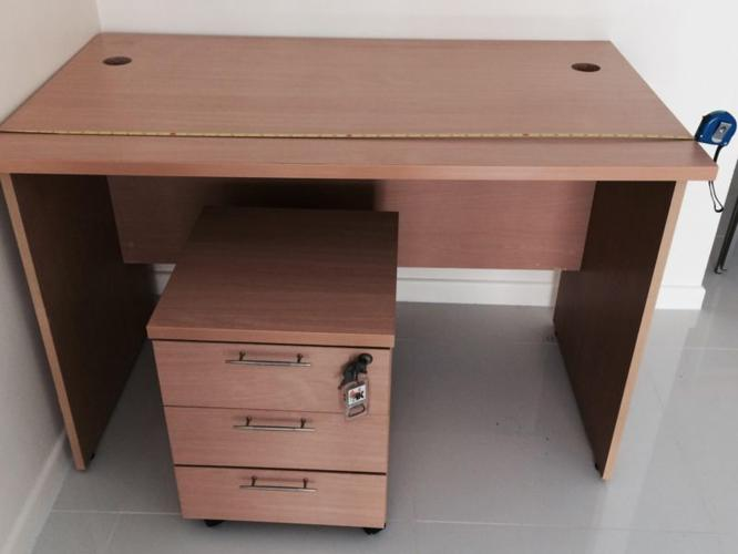 Almost new condition study able and drawer for sale