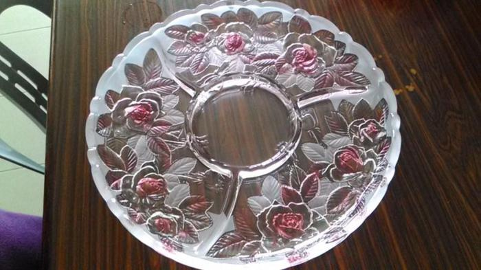 antigue glass display and serving plate limited