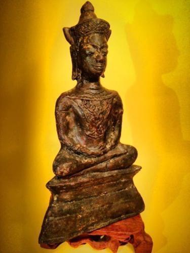 Antique Phra Chai Bucha Gambling Luck ,Great