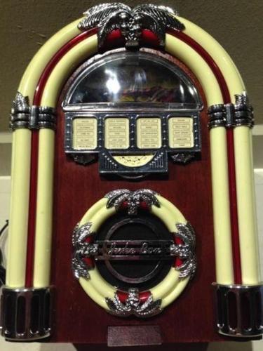 Antique Style Radio Player