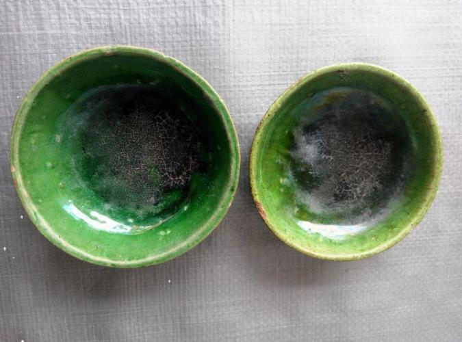 Antiques Qing green glazed saucer X 2