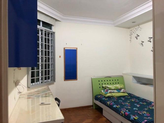 Apartment / Condo For ROOM: Northvale
