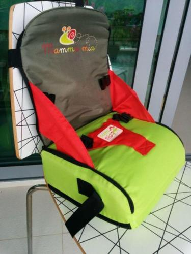 As new Mamma Mia Travel Booster Seat
