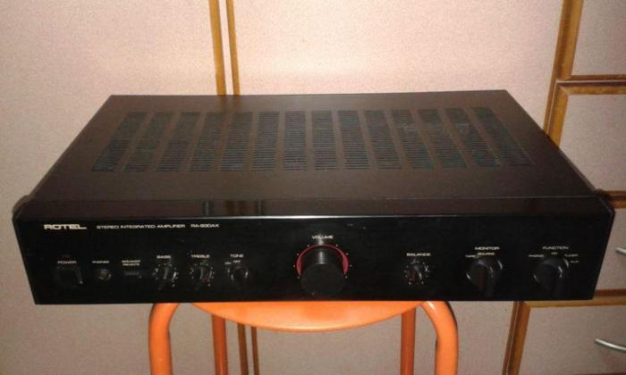 AUDIOPHILE ROTEL RA-930AX INTEGRATED AMPLIFIER.