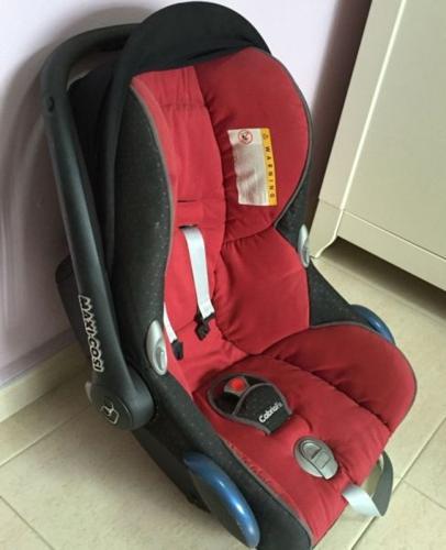 Authentic MAXI COSI CAR SEAT CABRIOFIX