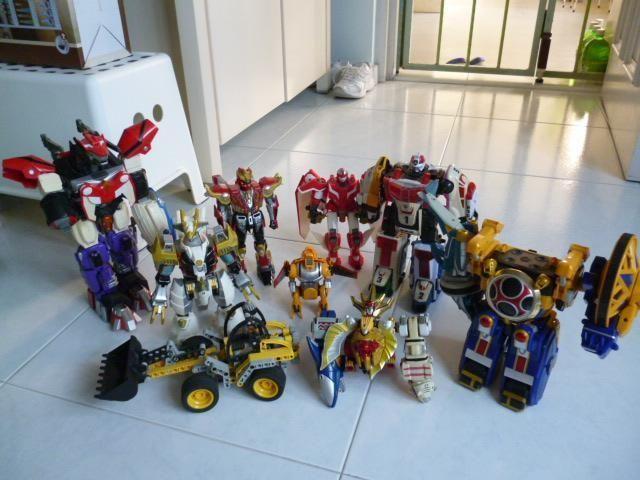 Authentic Robot Toys