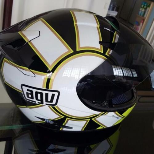 AVG 46 helmet. Size S.