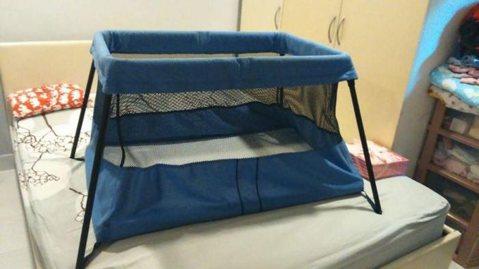 Baby Bjorn Travel Cot in Blue - Comes with Mattress