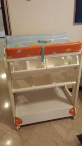 Baby Changing/Bath Station for Sale in Tanjong Rhu Road, East ...