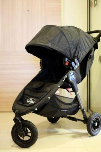 Baby Jogger City Mini Gt With Free Adaptor For Infant Car Seat For