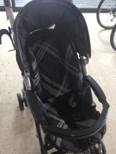 BABY STROLLEY ! MATCHING CAR SEAT. PIKO PRAMETTE. ITALY