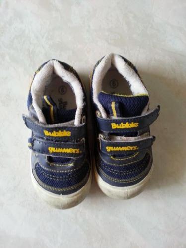 Bata Bubble Gummers Boy Shoes Size 6
