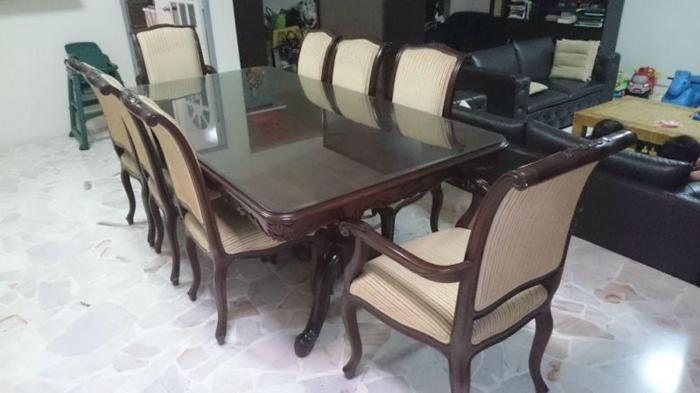 Beautiful Dining Table - 8 Seater