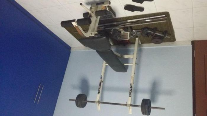 BENCH PRESS SET WITH WEIGHTS
