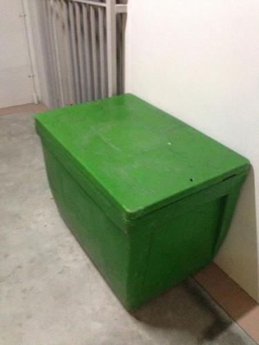 big ice box for sell