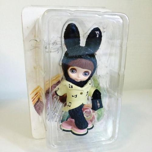 Blythe Belle Mini Figure - Bunny Black
