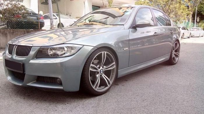BMW320i Lightning Blue Silver Sale - FOR SALE