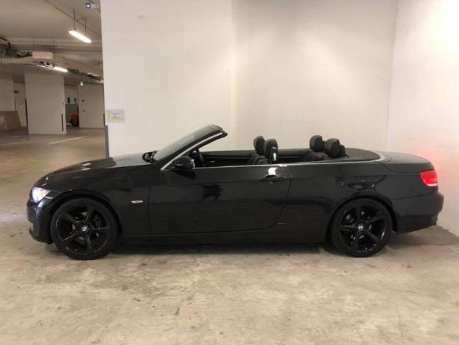 BMW 320i Convertible (UBER & GRAB Enabled)