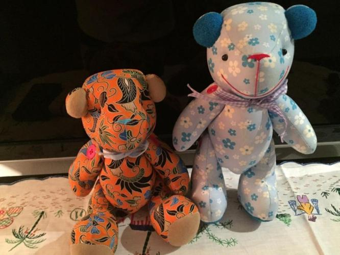 Brand NEW*** Hand Stitched bear Set #6