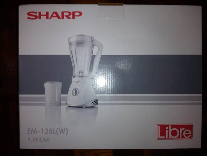 Brand New in Box Blender, New citrus juicer,tea set