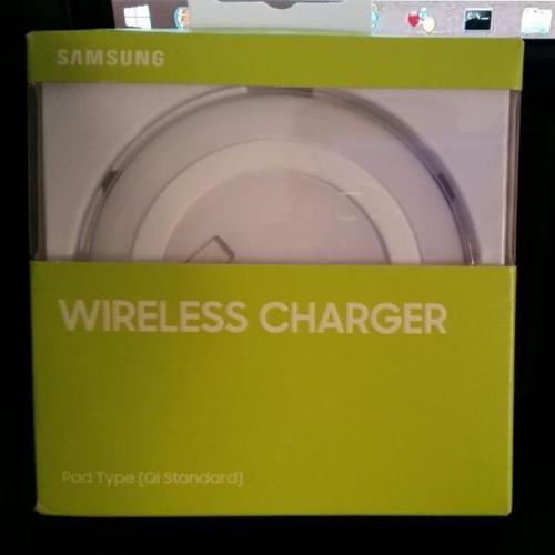 Brand new! Samsung Wireless Charging Pad (: