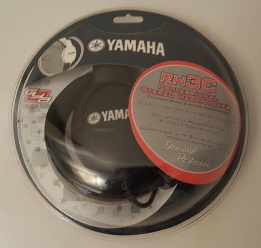 Brand New*** Yamaha Professional Stereo Headphones