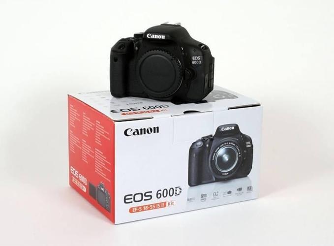 Canon 600D + 18-55 kit Lens for $425