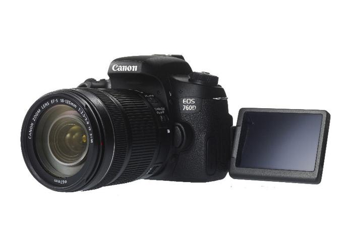 Canon 760D Camera Body + Canon 18-135mm EFS STM IS lens