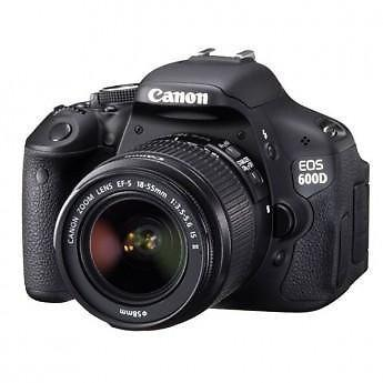 Canon EOS 600D with 18-55mm f/3.5-5.6 IS II Lens Kit