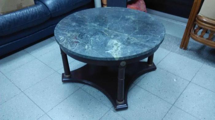 capri round cocktail table