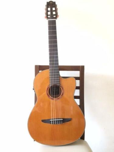 Cedar top YAMAHA Guitar (Electro-Acoustic)