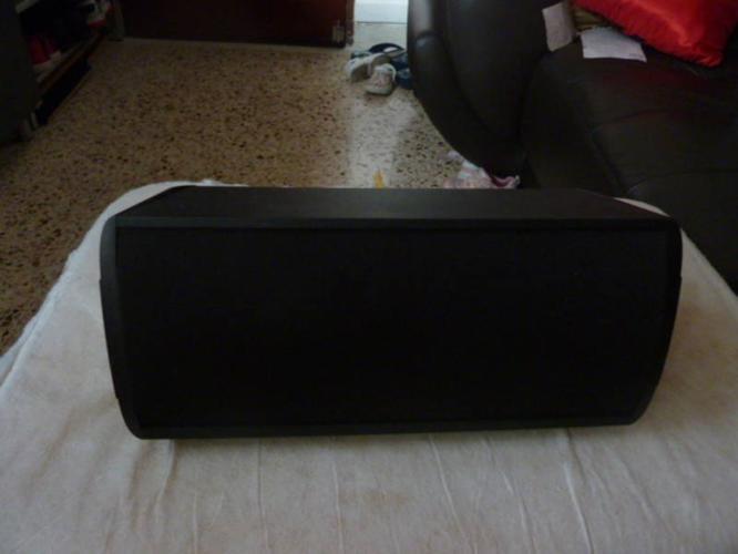 Centre speaker for sale