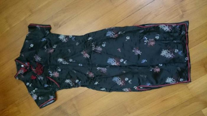 Chinese dress (almost new)