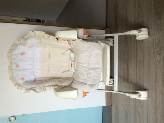 Combi Rashule High Chair for Sale!