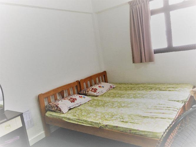 Common bedroom near Marsiling MRT (No Agent fees) -