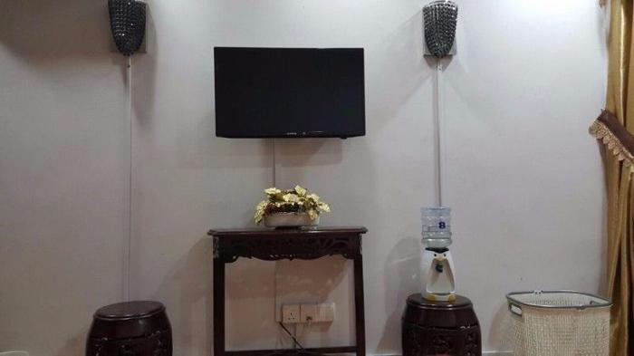 Common Room @ BLK 641 Rowell Road (NO Agent Fee) w/