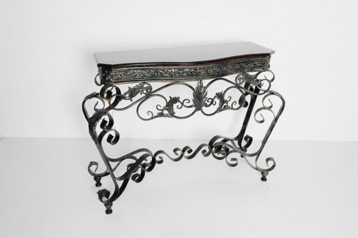 Console Table Display