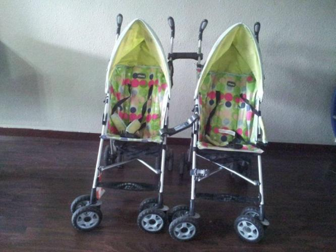 Detachable strollers esp for Twins.