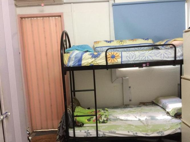 Double decker bed $40 to clear space