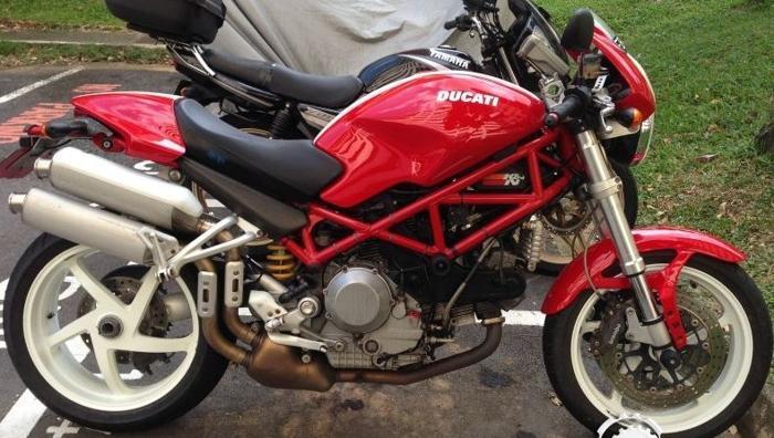 Ducati Monster S2R-1000